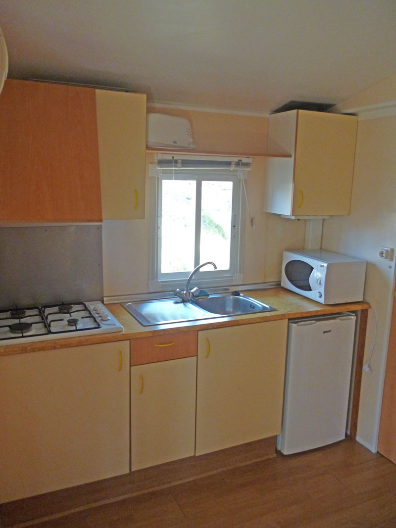 Camping Le bois de pins – Mobil-home 26m² with 2 bedrooms for 4 to 6 people