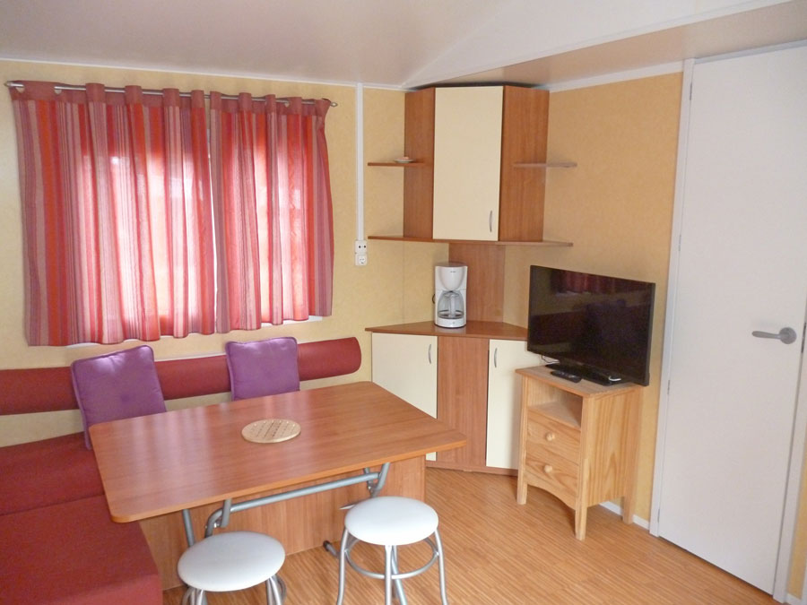 Camping Le bois de pins – Mobil-home comfort with 2 bedrooms for 4 to 6 people
