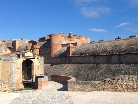 Discover the Roussillon area - Forteresse-Salses